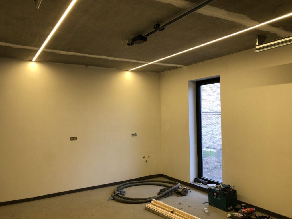 Garage-Wall-Plastered