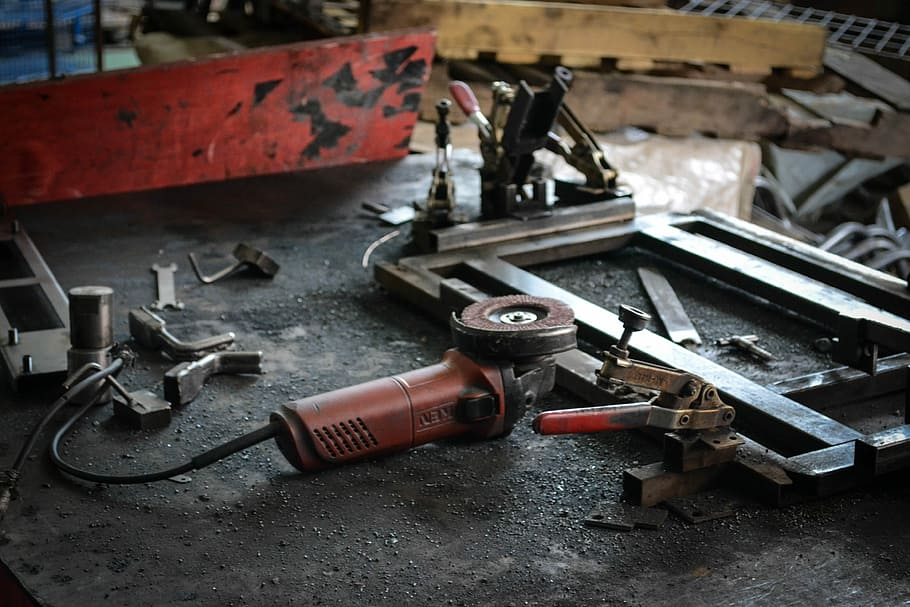 tools-workshop-machinery-manufacturing